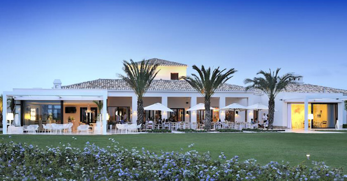 Las Colinas Golf & Country Club Apartamentos