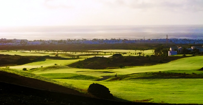 Lanzarote Golf Course - Photo 2
