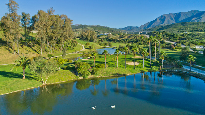 Estepona Golf - Photo 2